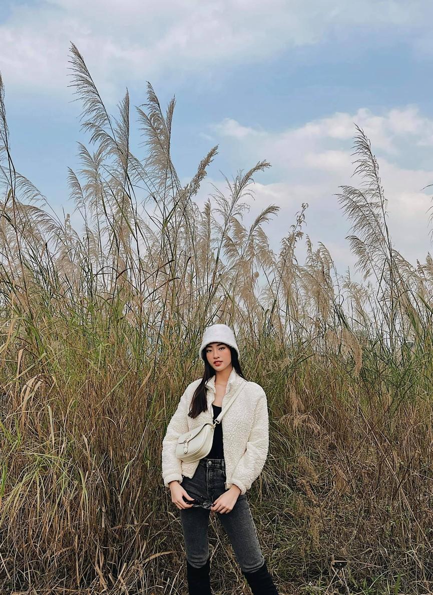 Tiểu Vy khoe body cực phẩm với bikini, Á hậu Phương Anh đẹp tựa nàng thơ  - ảnh 9