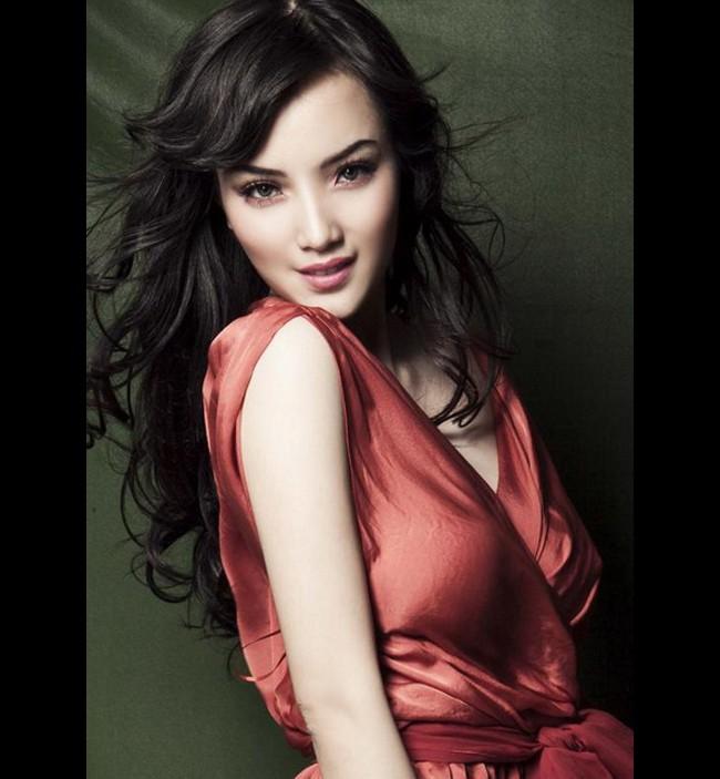 Nhan sắc các người đẹp giành giải 'Gương mặt đẹp nhất' tại Hoa hậu Việt Nam giờ ra sao? - ảnh 17