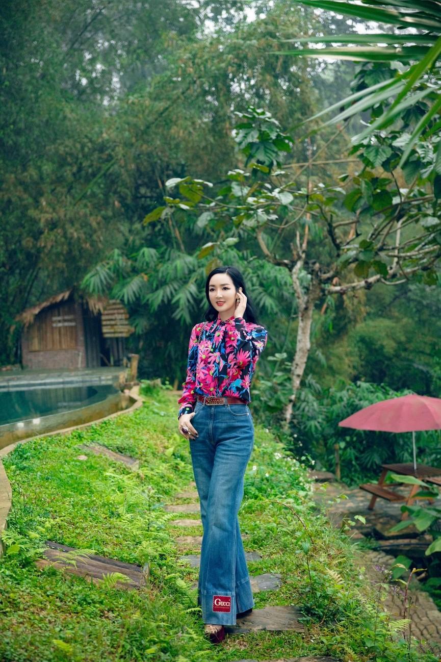 Á hậu Phương Anh đẹp tựa nàng thơ, Ngọc Thảo lên đồ sang chảnh uống cafe trong khu cách ly - ảnh 12