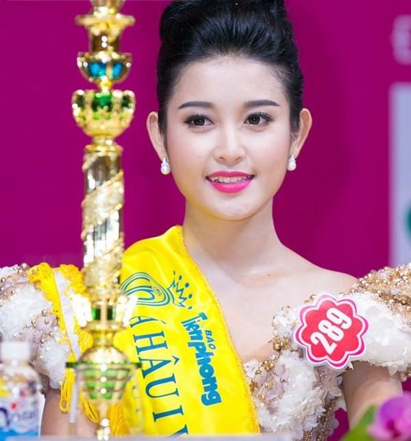 Hai người đẹp hiếm hoi giành giải 'Mặc trang phục dạ hội đẹp nhất' tại Hoa hậu Việt Nam - ảnh 9