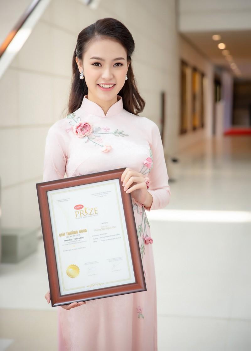 Người đẹp có học vấn 'khủng' nhất Hoa hậu Việt Nam 2016 thay đổi ra sao sau 5 năm? - ảnh 16
