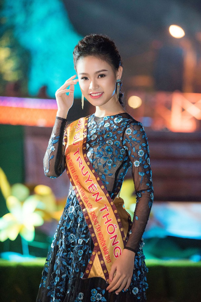 Người đẹp có học vấn 'khủng' nhất Hoa hậu Việt Nam 2016 thay đổi ra sao sau 5 năm? - ảnh 7
