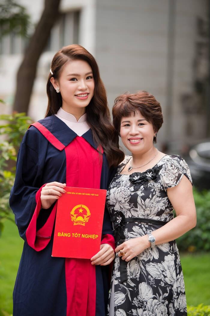 Người đẹp có học vấn 'khủng' nhất Hoa hậu Việt Nam 2016 thay đổi ra sao sau 5 năm? - ảnh 13