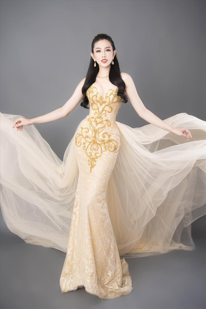 Đọ nhan sắc ba người đẹp từng giành giải 'Người đẹp Nhân ái' tại Hoa hậu Việt Nam - ảnh 7