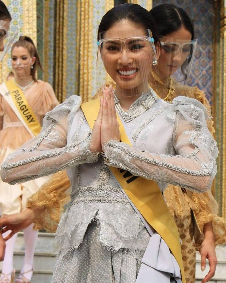 Khoảnh khắc xinh đẹp với thần thái 'đỉnh cao' của Ngọc Thảo ở hậu trường Miss Grand - ảnh 6