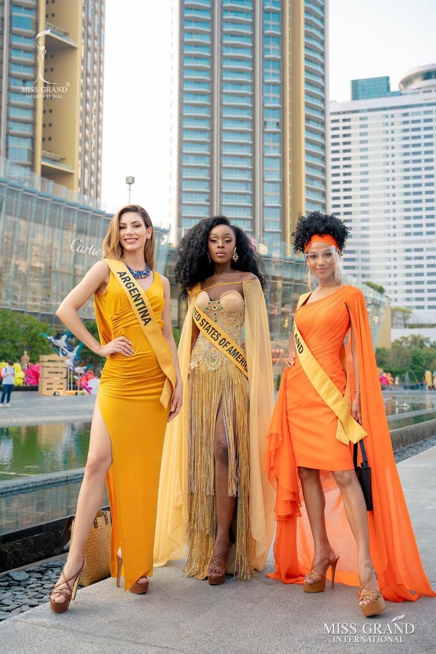 Ngọc Thảo khoe chân dài 1m11, quẩy cực 'sung' bên dàn thí sinh Miss Grand 2021 - ảnh 8