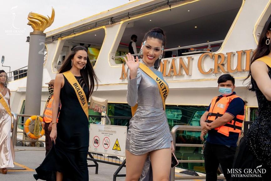 Ngọc Thảo khoe chân dài 1m11, quẩy cực 'sung' bên dàn thí sinh Miss Grand 2021 - ảnh 5