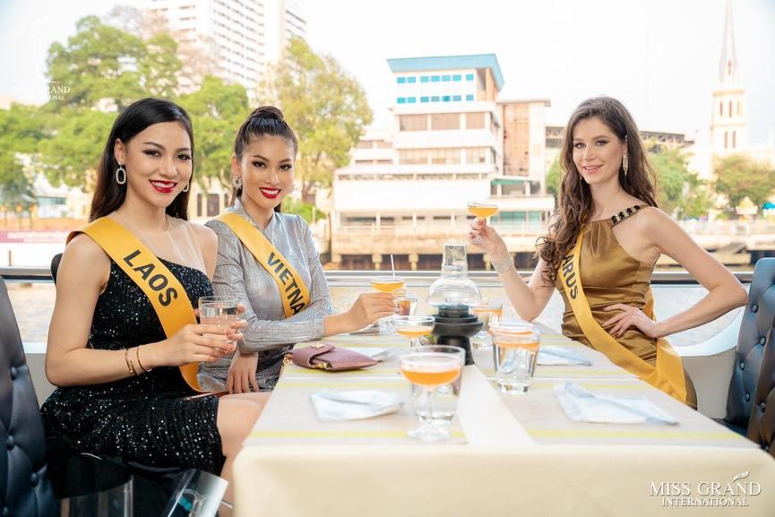 Ngọc Thảo khoe chân dài 1m11, quẩy cực 'sung' bên dàn thí sinh Miss Grand 2021 - ảnh 10
