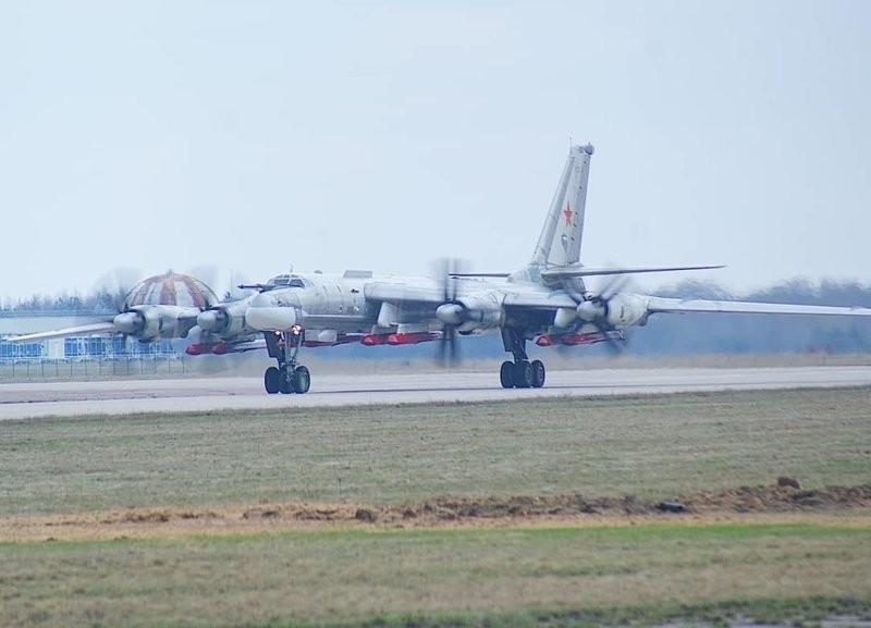 Tu-95 và sự trở lại của 'bóng ma' Chiến tranh Lạnh - ảnh 3