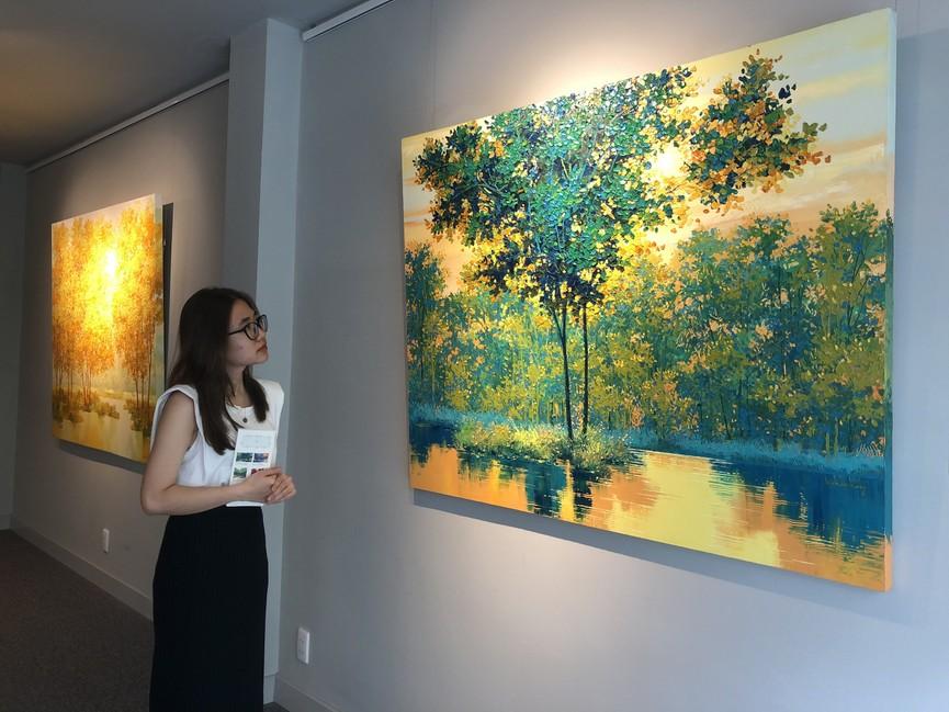 """Đắm chìm trong những bức họa thiên nhiên tại triển lãm """"Sức Sống Mộc Nhiên"""" - ảnh 3"""