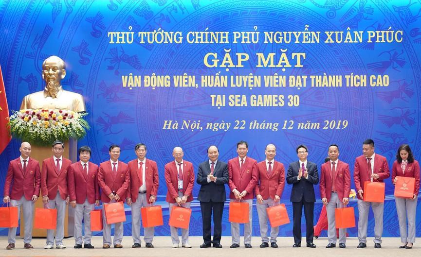 Thủ tướng gặp mặt, vinh danh VĐV, HLV đạt thành tích cao tại SEA Games 30 - ảnh 3