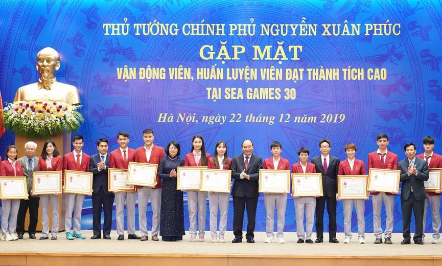 Thủ tướng gặp mặt, vinh danh VĐV, HLV đạt thành tích cao tại SEA Games 30 - ảnh 4