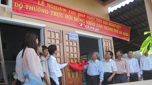 Đà Nẵng tặng 20 ngôi nhà cho người nghèo