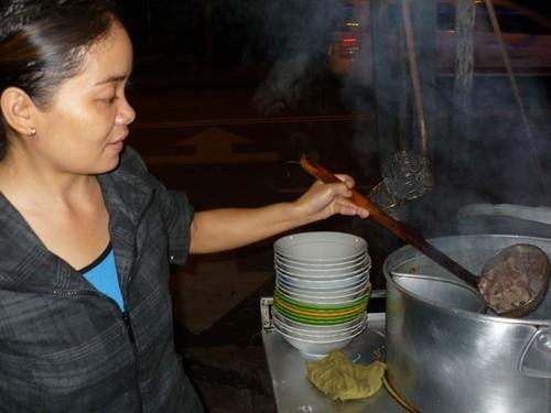 Xác minh hủ tiếu hầm bằng thịt chuột cống