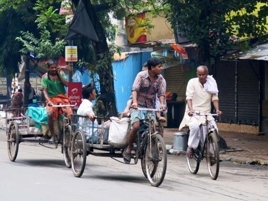 Cấm đi xe đạp trong thành phố để tránh tắc đường