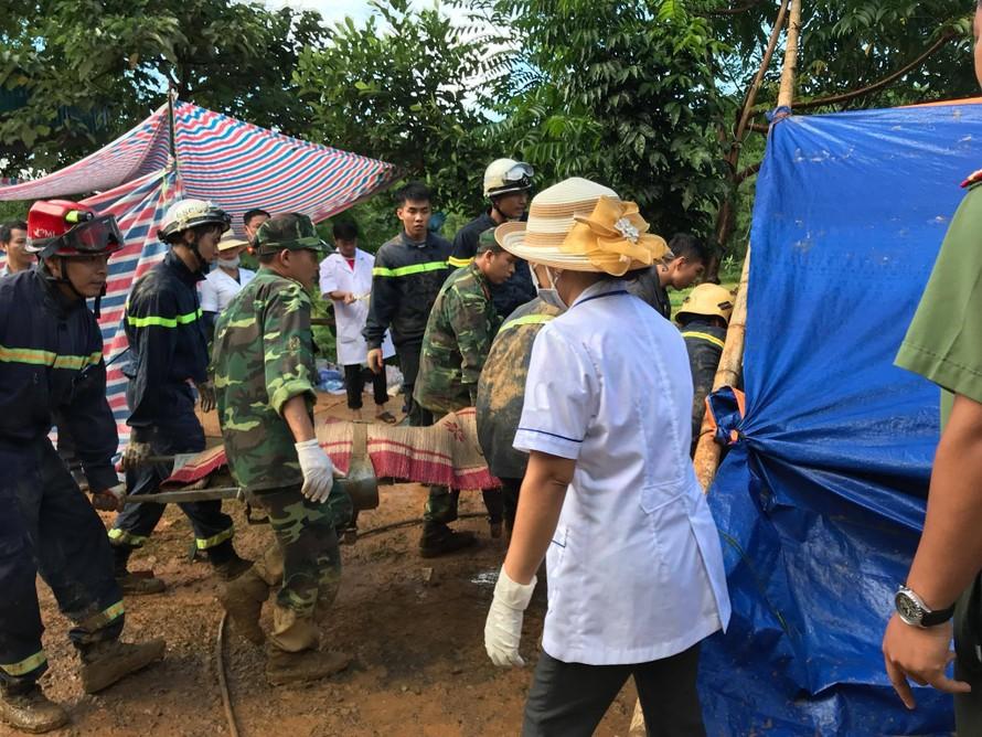 Sạt lở kinh hoàng ở Hòa Bình: Tìm thấy nạn nhân thứ 9