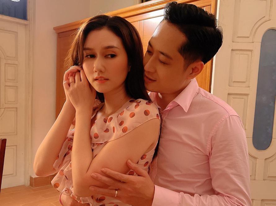 Hương Giang gây tò mò khi làm vợ của Hải Bóng bẩy trong 'Mùa hoa tìm lại'