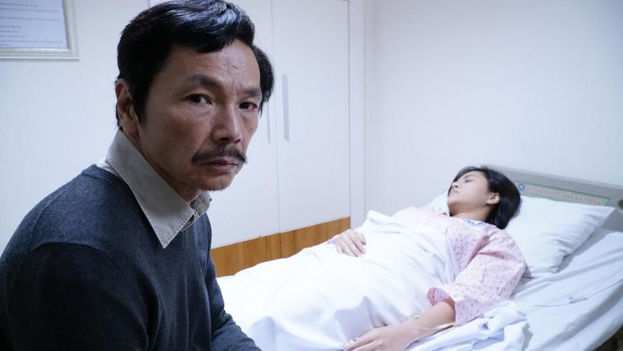 """NSƯT Trung Anh vào vai ông bố gà trống nuôi ba cô con gái trong """"Về nhà đi con"""""""