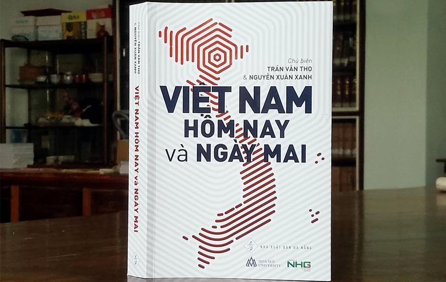 """Sách """"Việt Nam hôm nay và ngày mai"""": Giấc mơ hóa Rồng"""