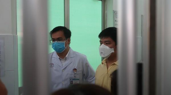 Bệnh nhân Trung Quốc khỏi Covid-19 nói gì trong lá thư gửi bác sĩ Việt Nam?