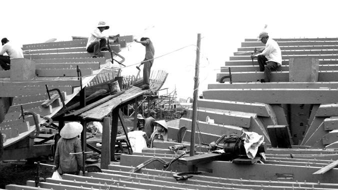 Ngư dân sẽ dễ dàng tiếp cận nguồn vốn để đóng tàu sắt thay tàu gỗ. Ảnh: N.Q