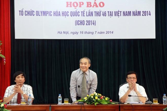 Họp báo về việc tổ chức Olympic Hóa học quốc tế lần thứ 46 tại Việt Nam.