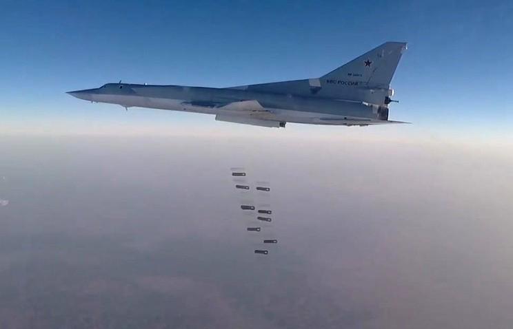Nga đưa oanh tạc cơ Tu-22M3 sang Syria dội bom IS