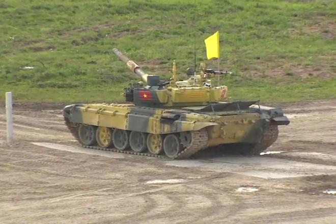 Đội xe tăng Việt Nam đã lọt vào vòng 2 cuộc đua xe tăng Tank Biathlon 2019. Ảnh: Tvzvezda