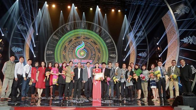 Trao giải cho những tập thể, cá nhân xuất sắc tại Liên hoan Truyền hình toàn quốc lần thứ 34.