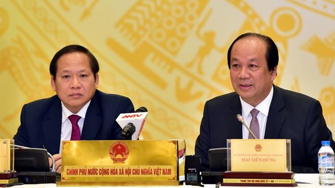 Bộ trưởng- Chủ nhiệm VPCP cùng Bộ trưởng Bộ TT&TT chủ trì cuộc họp báo thường kỳ.