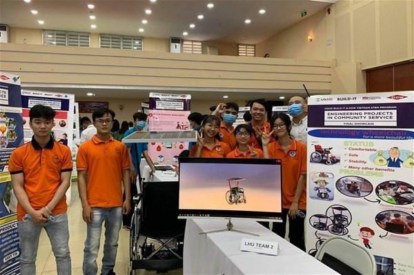 Dự án Xe lăn điện của sinh viên trường ĐH Lạc Hồng giành giải Nhất tại cuộc thi EPICS