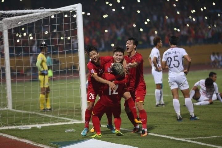 Vé xem bán kết AFF Cup 2018 đang sốt cao