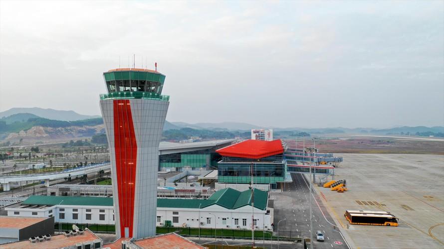 Sân bay Vân Ðồn (Quảng Ninh) hiện là sân bay duy nhất do tư nhân đầu tư khai thác