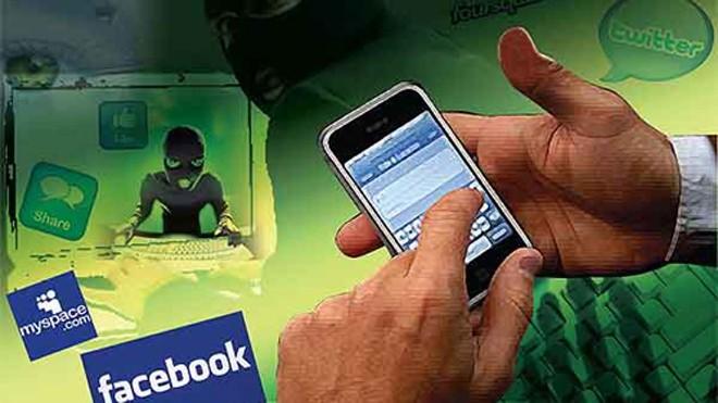 Người dùng phải được cảnh báo trước về các nguy cơ lừa đảo, tin nhắn lừa đảo họ có thể gặp trên mạng xã hội và trong game online. Ảnh minh họa: BangkokPost.