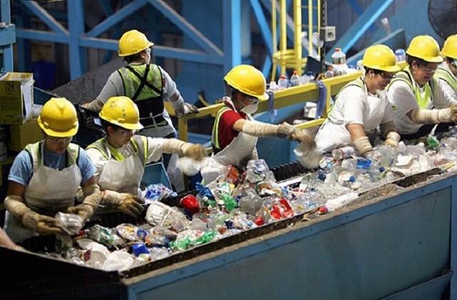 Thụy Điển tái chế 99% lượng rác thải như thế nào?