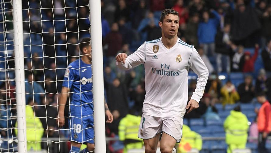 Cristiano Ronaldo chuẩn bị được gia hạn hợp đồng.