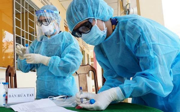 Virus SARS-CoV-2 biến đổi, có khả năng dịch lây theo cấp số nhân