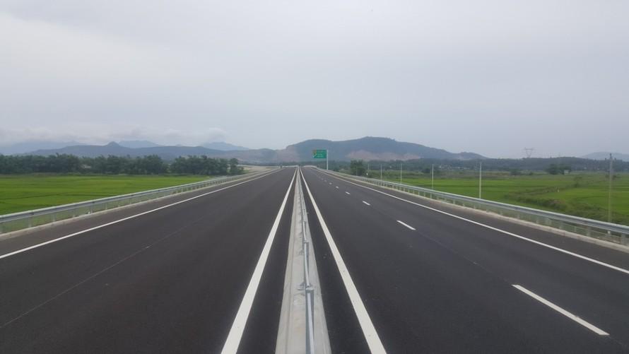 Một đoạn cao tốc Đà Nẵng - Quảng Ngài đã hoàn thiện