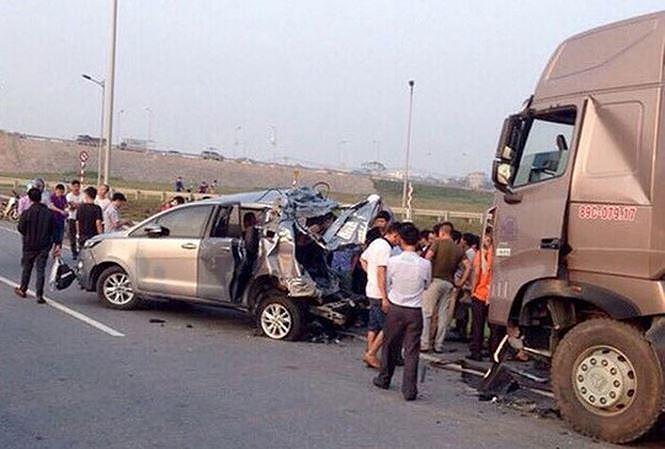 Hiện trường vụ lùi xe trên cao tốc Thái Nguyên.