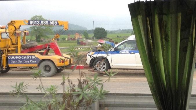 Chiếc xe CSGT gặp nạn
