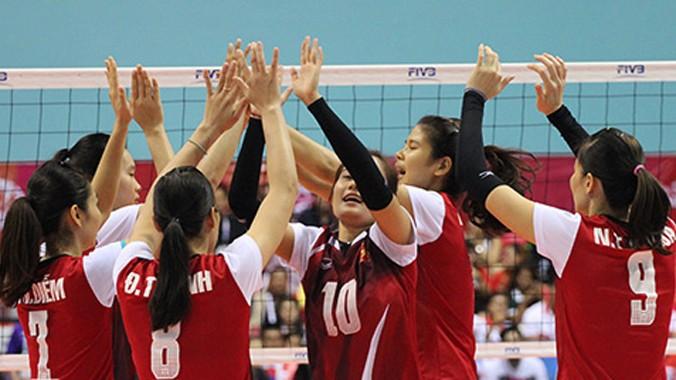 Sức mạnh tập thể là điểm tựa lớn nhất để các cô gái Việt Nam bước vào trận chung kết với Thái Lan. Ảnh: Thanh Trần/VnExpress.
