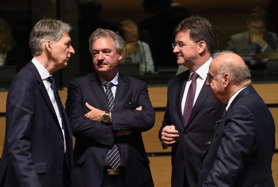 Các nhà ngoại giao EU trong cuộc họp tại Luxembourg hôm 20/6.