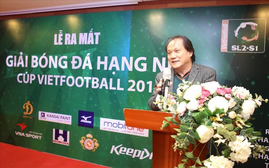 TTK Liên đoàn bóng đá Hà Nội Phan Anh Tú tại lễ công bố giải bóng đá hạng Nhì-cúp Vietfootball lần 1-2018 tại Hà Nôi ngày 13/3.
