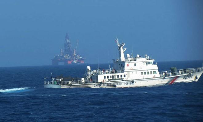 Giàn khoan Hải Dương 981 của Trung Quốc đặt trái phép trên vùng biển của Việt Nam. Ảnh: Báo Đà Nẵng.